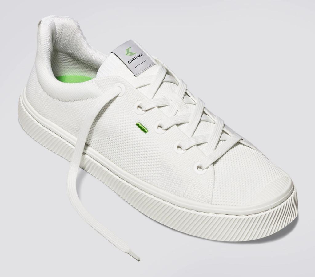 Cariuma IBI off-white knit shoes